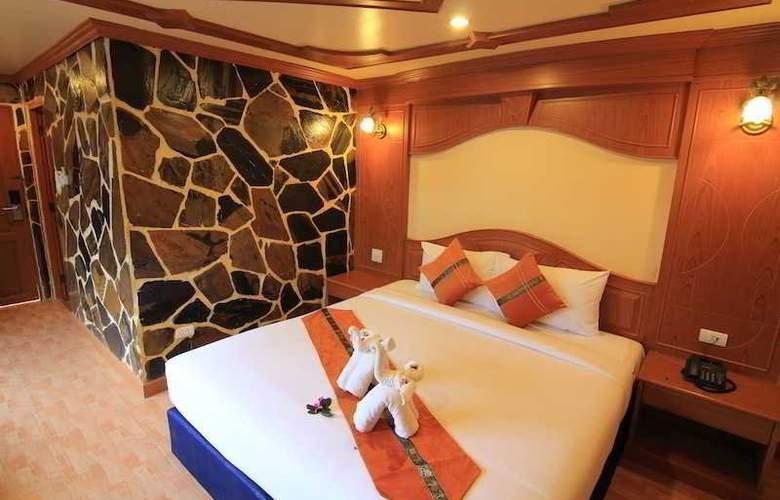 Tiger Hotel - Room - 3