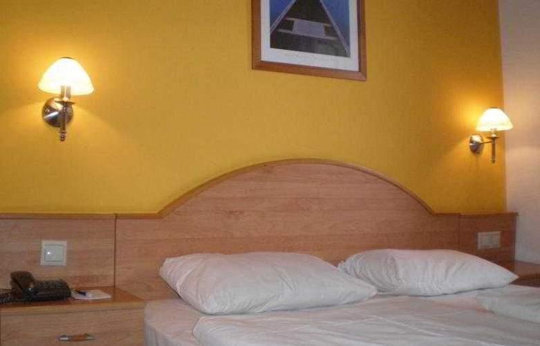 Golden Park Budapest - Room - 4