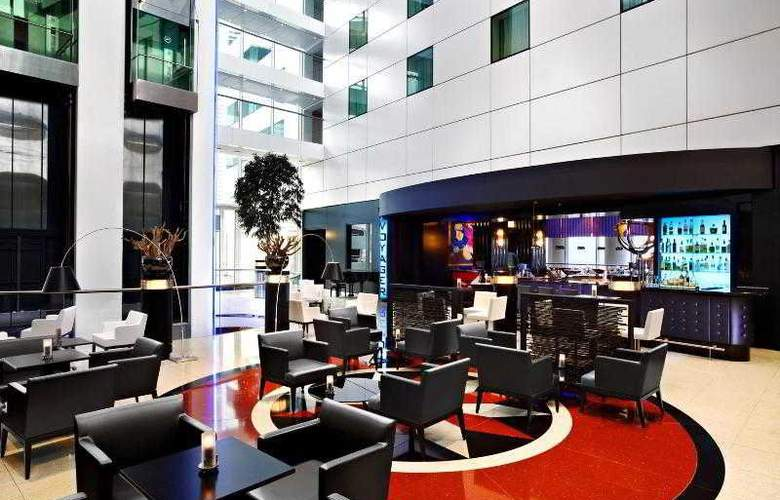 Sheraton Amsterdam Airport Hotel & Conference - Bar - 49