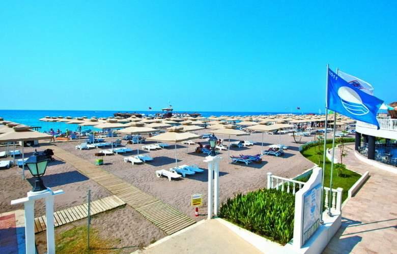 Club Hotel Nena - Beach - 5