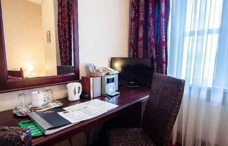 Monte Kristo - Room - 8