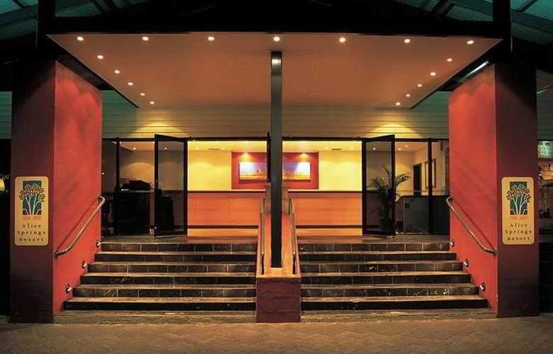Chifley Alice Springs Resort - Hotel - 0