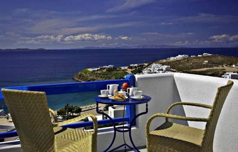 Paolas Beach - Terrace - 3