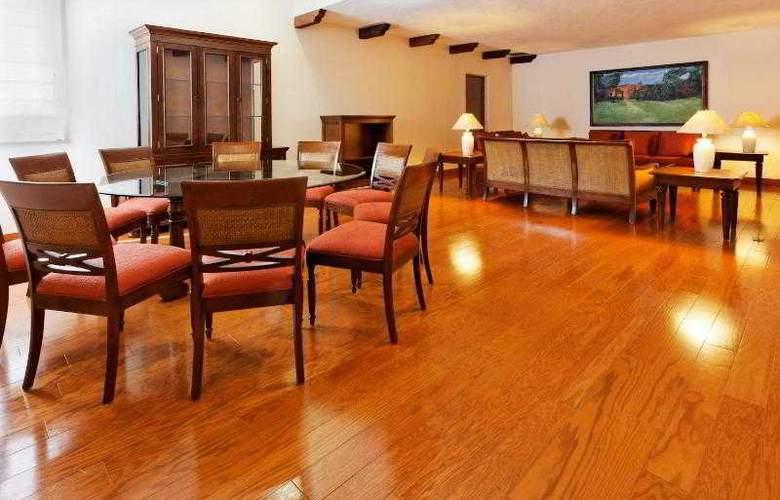 Holiday Inn Merida - Room - 25