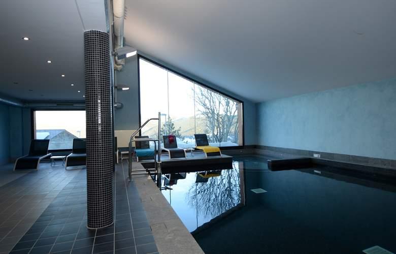 Chalets de l'Isard - Pool - 6