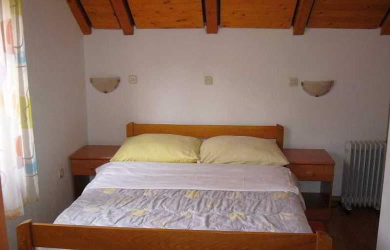 Apartments Kristic - Room - 8