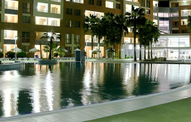 Neptuno Aparthotel - Pool - 3