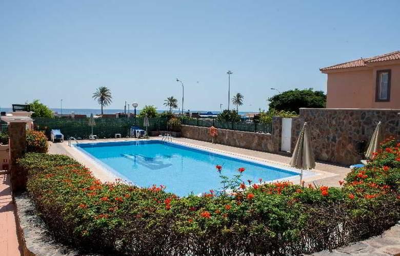 Villas Santa Ana - Pool - 11
