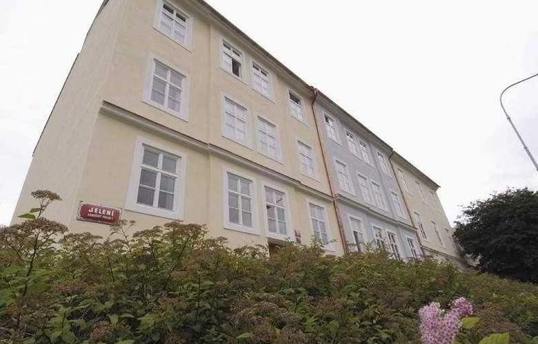 Jeleni Dvur - Hotel - 0