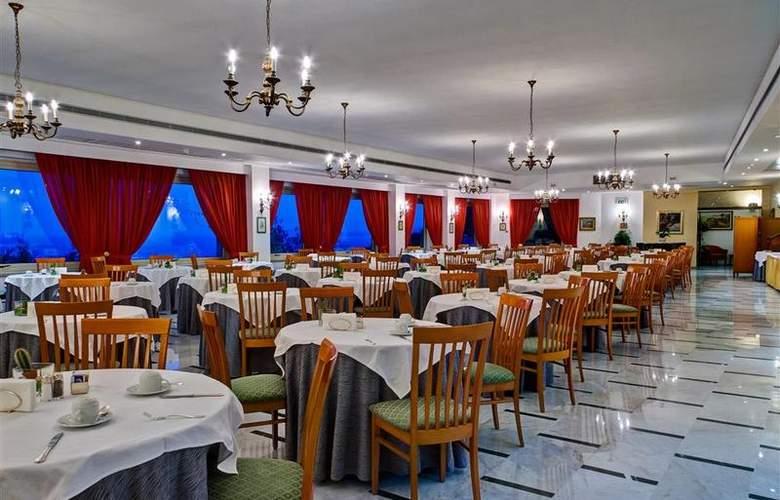 Best Western La Solara Sorrento - Restaurant - 36