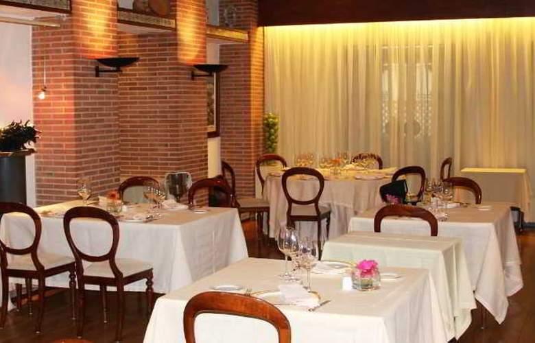 Los Arcos - Restaurant - 21