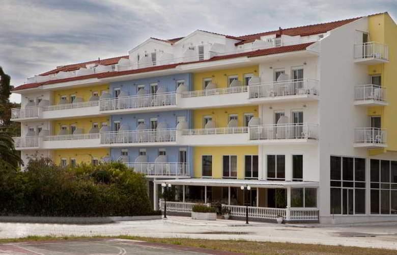 Summery - Hotel - 0