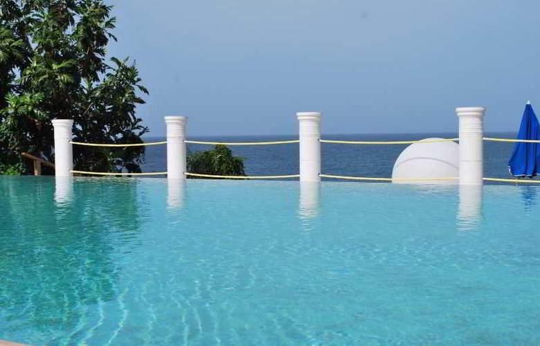 Bacolet Beach Club - Pool - 30