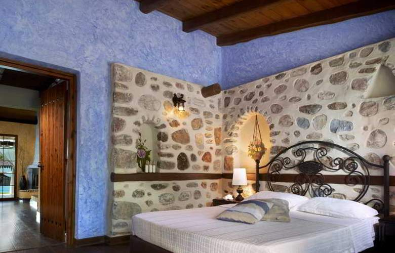 Athena Pallas Village - Room - 16