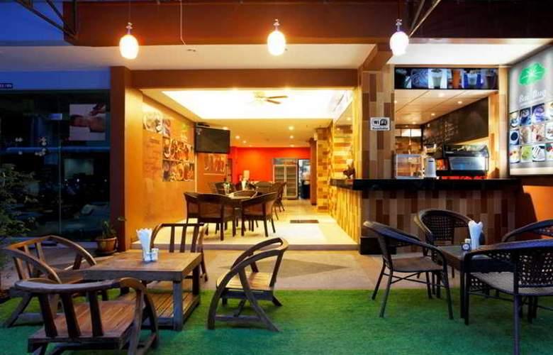 Tanawan Phuket Hotel - Restaurant - 1