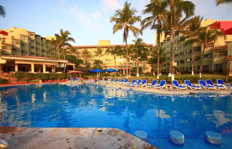 Occidental Nuevo Vallarta - Pool - 19