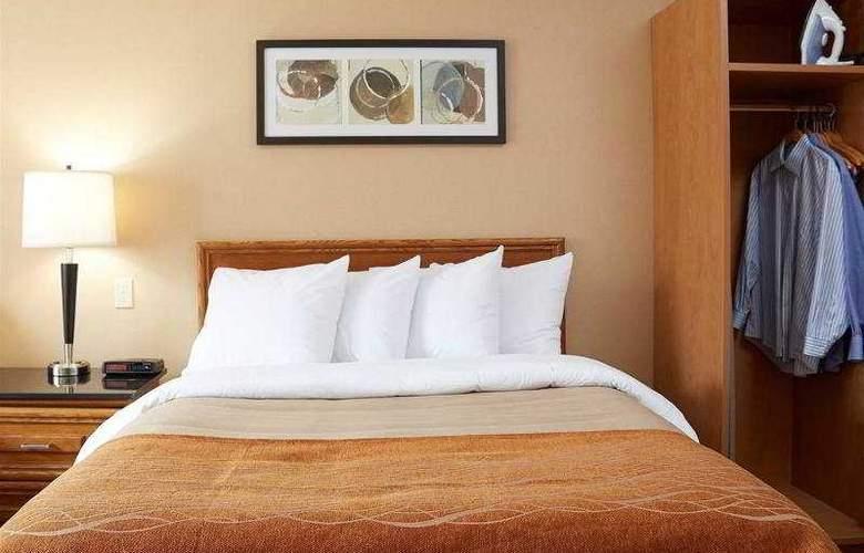 Comfort Inn Laval - Room - 4