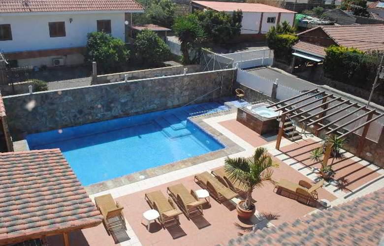 La Aldea Suites - Pool - 17