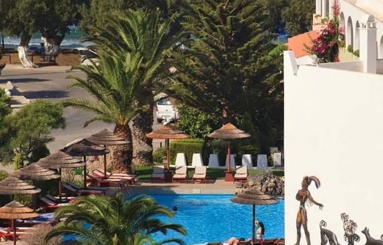 Alianthos Garden  - Pool - 17