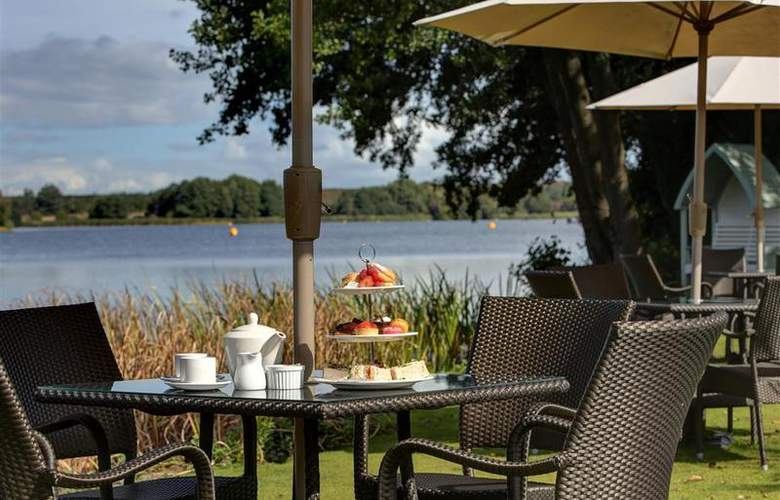 Best Western Frensham Pond Surrey - Restaurant - 37