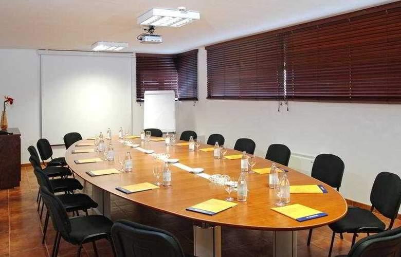 Costa Calero - Conference - 7