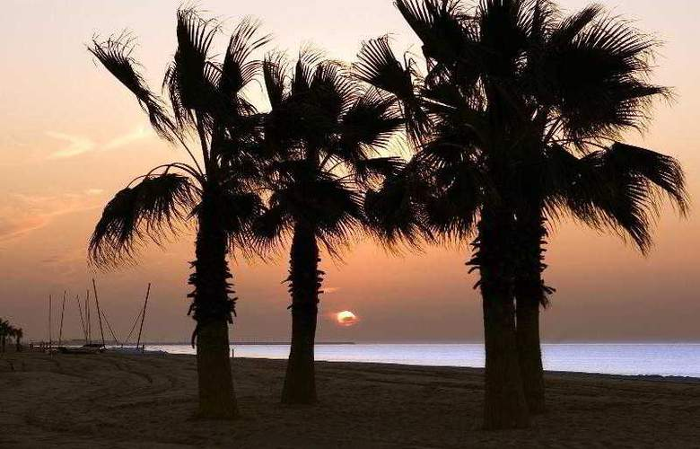 Le Meridien Ra Beach Hotel & Spa - Hotel - 23