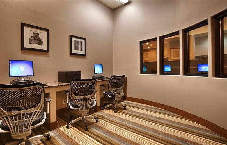 Best Western Plus Atrea Hotel & Suites - Conference - 58