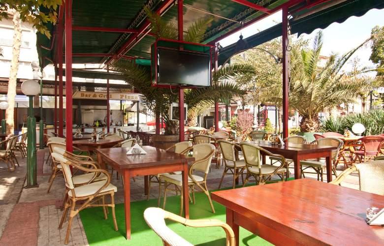 St. George - Restaurant - 7