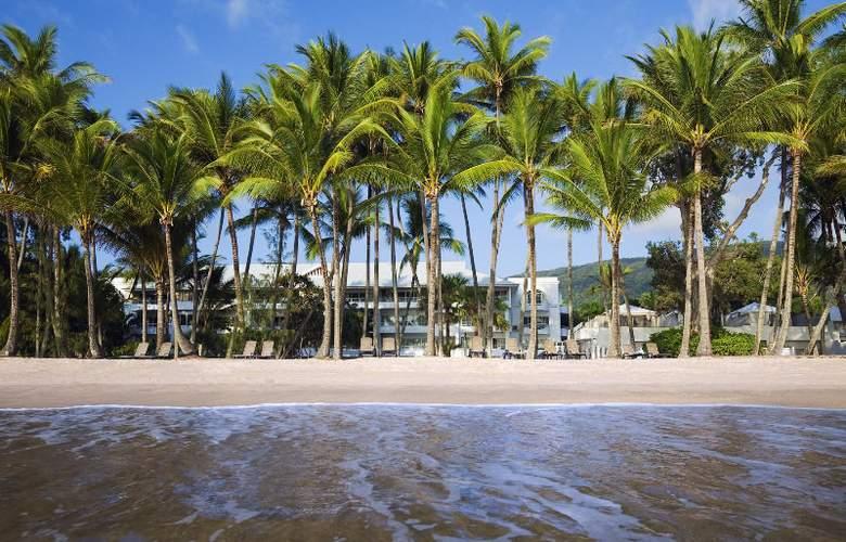 Alamanda Palm Cove by Lancemore - Beach - 16