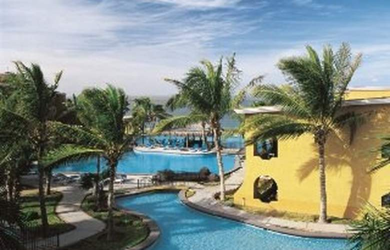 Grand Plaza La  Paz Hotel & Suites - Pool - 6
