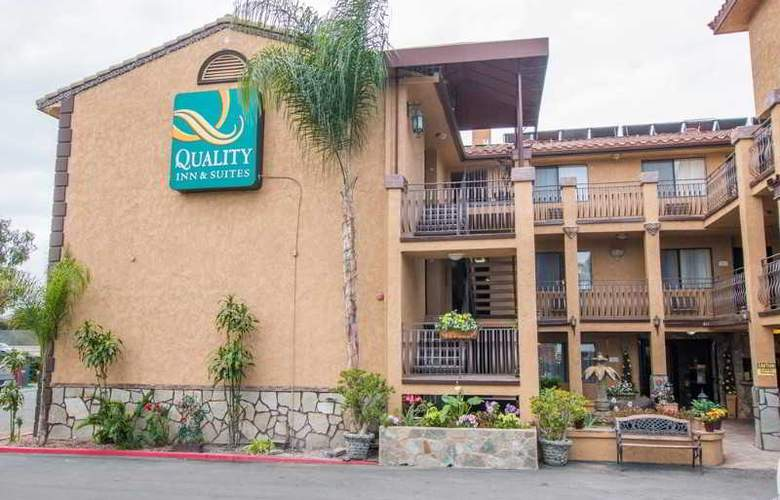 Quality Inn & Suites Near The Border - Hotel - 10