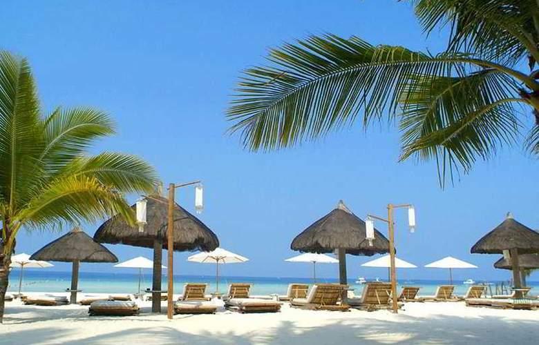 Friday Boracay - Beach - 3