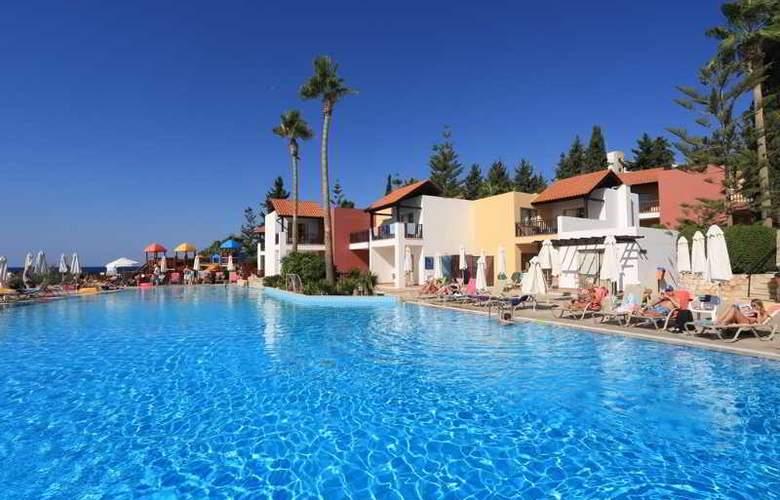 Aquasol Holiday Village - Pool - 10