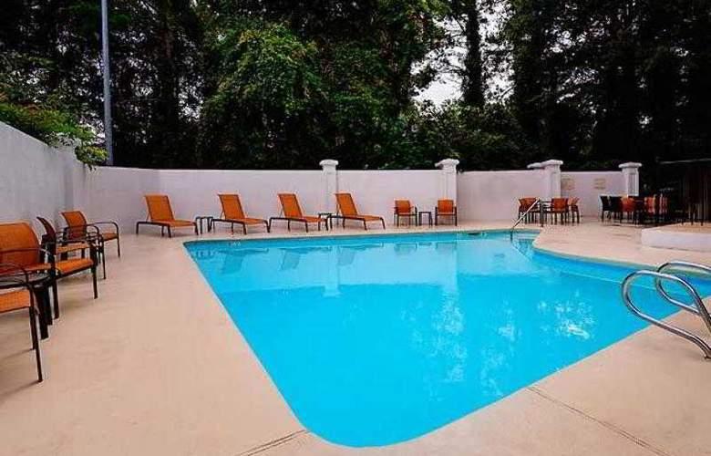 Courtyard Raleigh Crabtree Valley - Hotel - 9