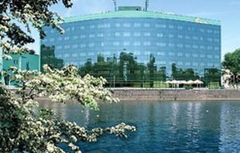 HP Park Plaza - Hotel - 0