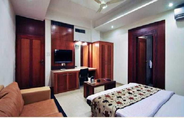 Mandakini Plaza Kanpur - Room - 12