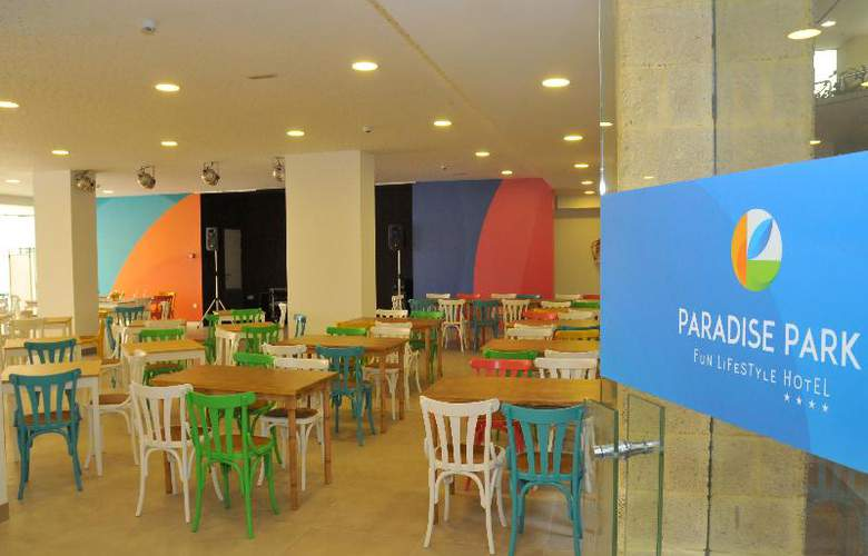 Paradise Park Fun Livestyle - Restaurant - 87