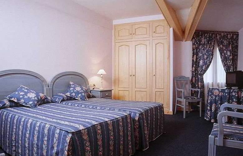 Jaume - Room - 3