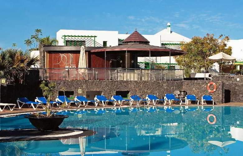 Cay Beach Sun - Pool - 13