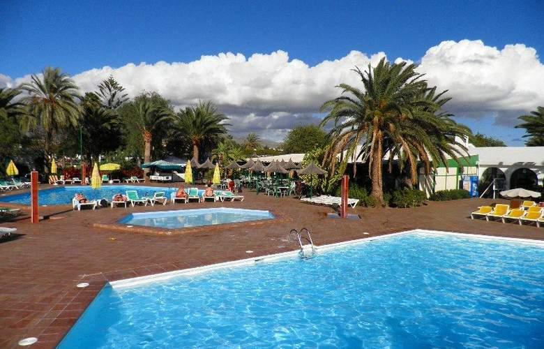 Canary Garden Club - Pool - 4