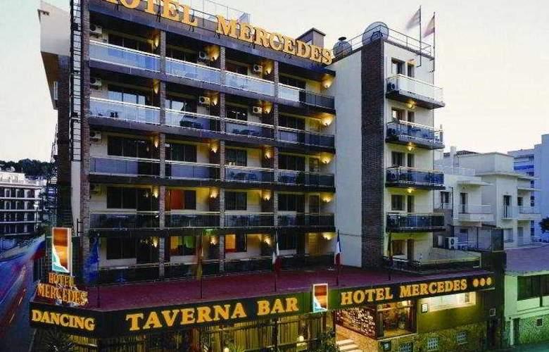Mercedes - Hotel - 0