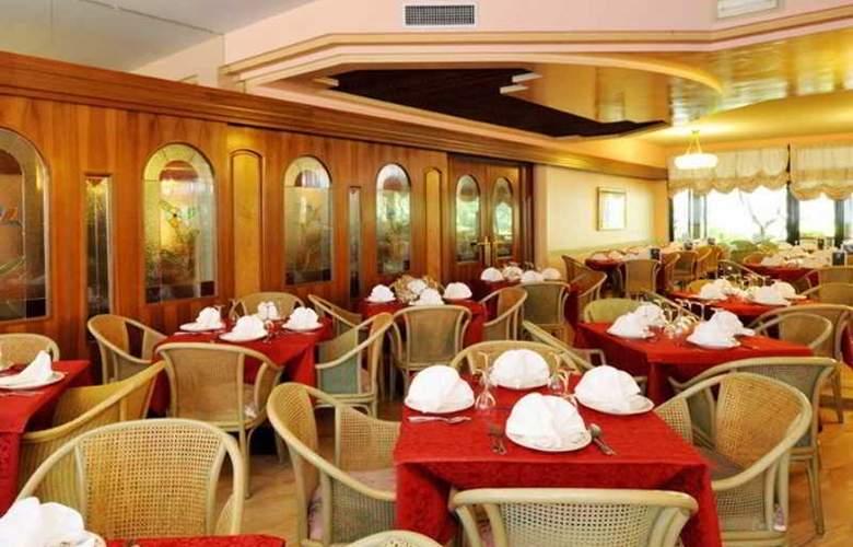 Park Oasi - Restaurant - 6