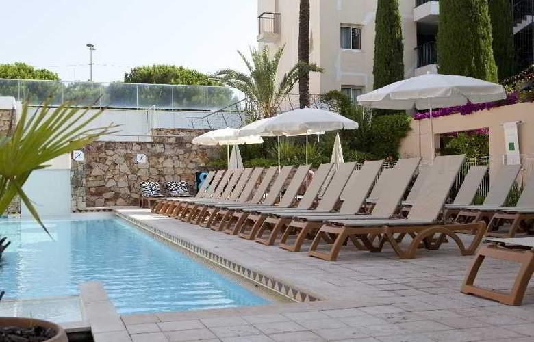 Résidence Pierre et Vacances Premium Port-Prestige - Pool - 14