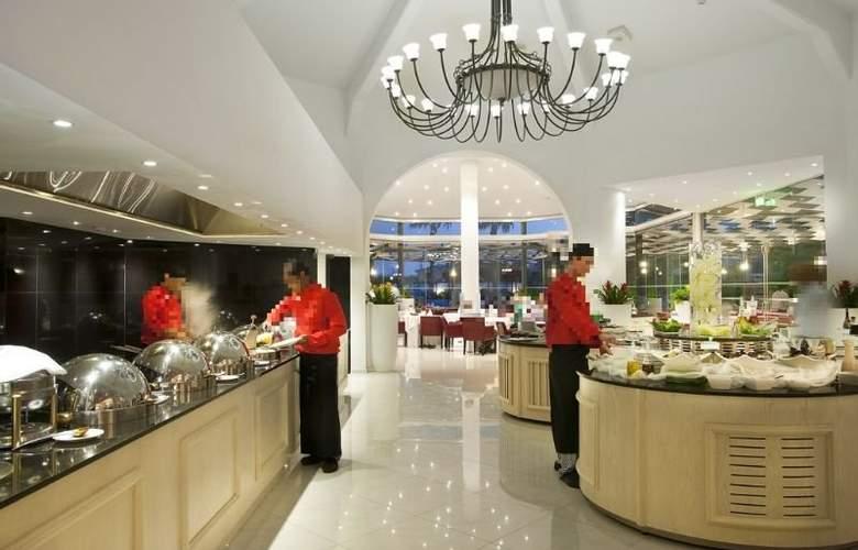 The King Jason - Restaurant - 6