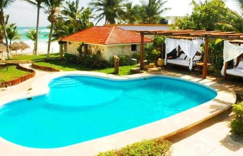 Ana y Jose Charming Hotel & Spa - Pool - 5