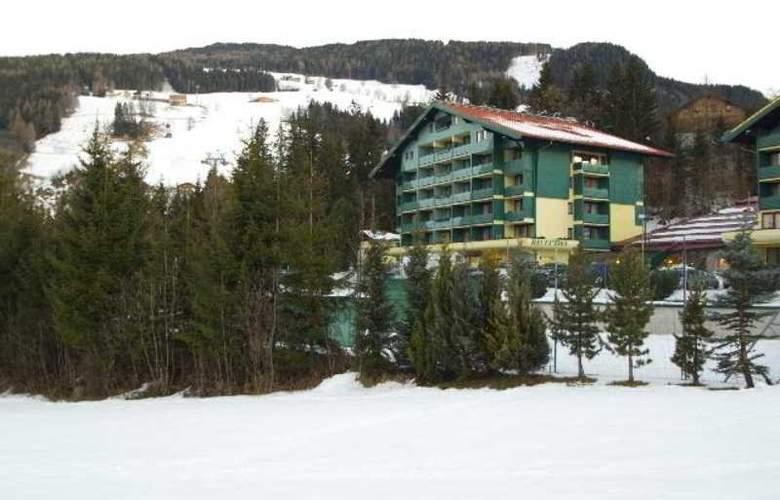 Alpine Club - Hotel - 0