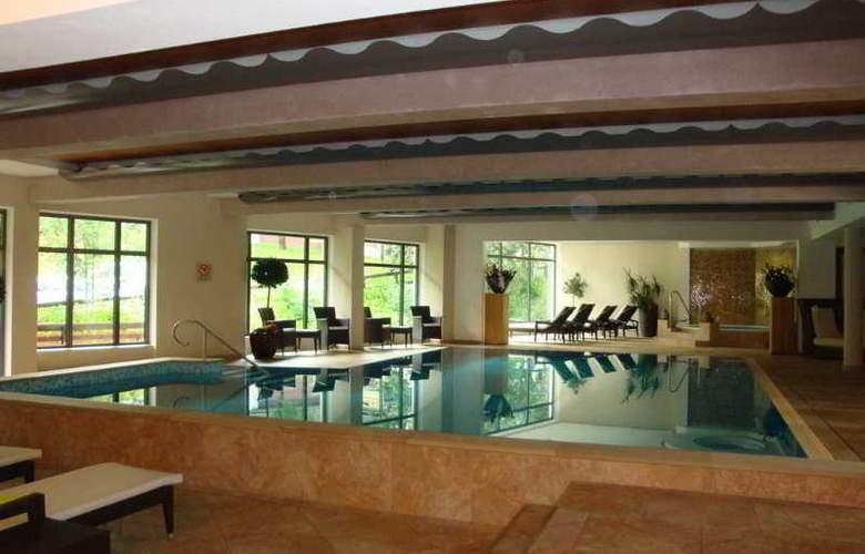 Sport & Spa Hotel Neuhaus - Pool - 0