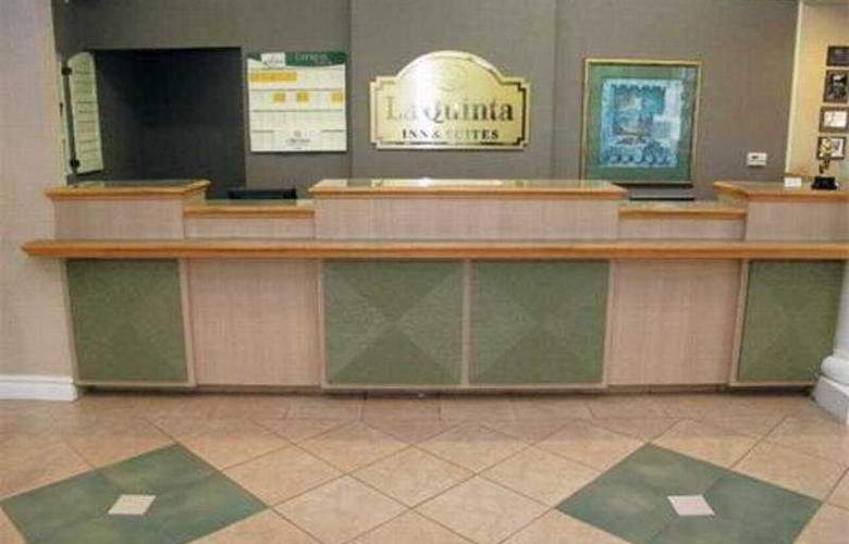 La Quinta Inn & Suites St Louis / Westport - General - 1