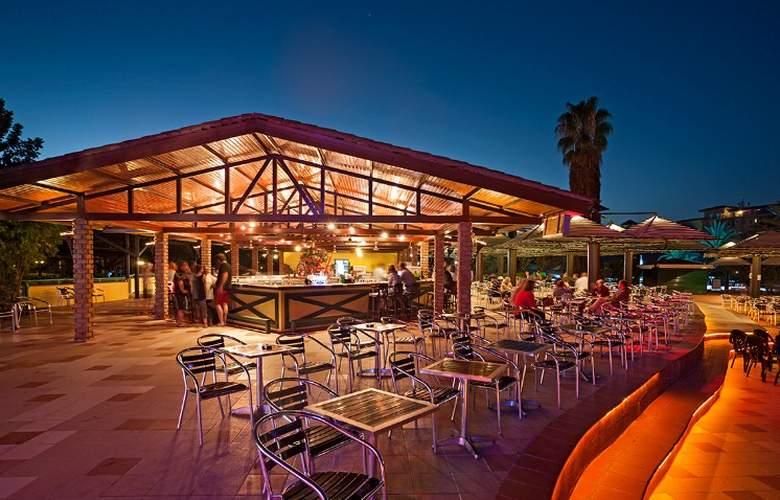 Belconti Resort - Bar - 74