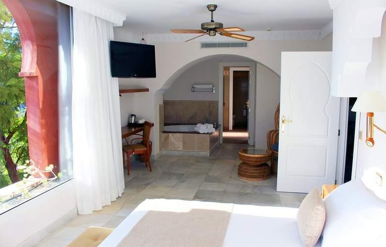 Playacalida SPA - Room - 9